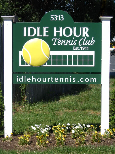 Idle Hour Tennis Club sign